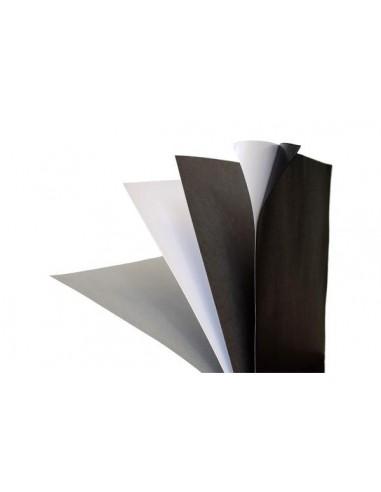 Cartulina adhesiva en blanco y negro...